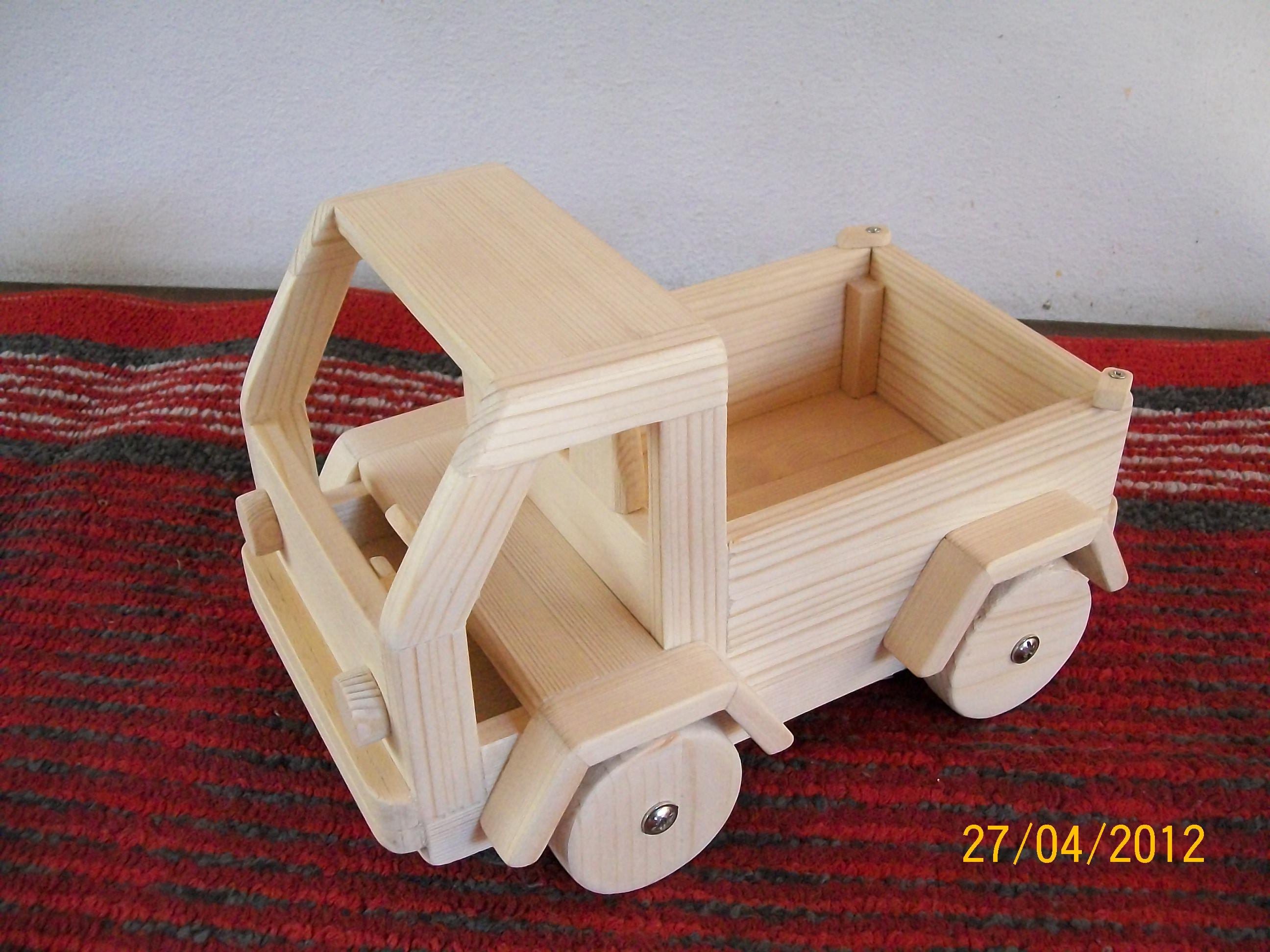 Oggetti in legno fai da te by silvano giocattoli in - Oggetti fai da te ...
